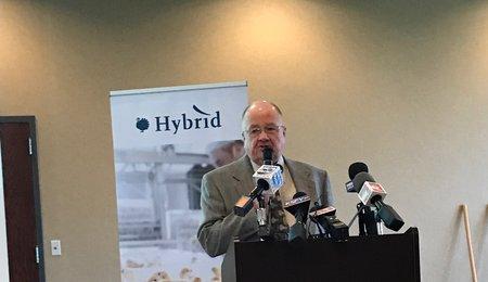Jim Fedderson presenting
