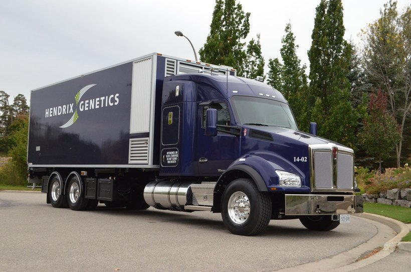 Hybrid poult delivery truck PS